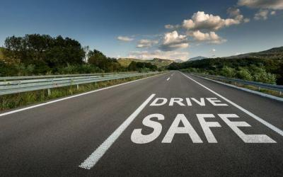 Make Driving Safer With These Tips