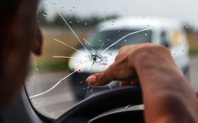 Why You Should Never Drive With a Broken WIndshield