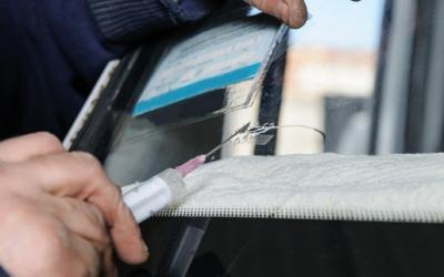 The Dangers of DIY Windshield Repair